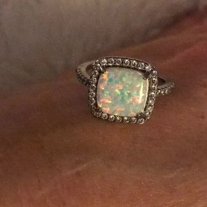 Jewelry - 🤩 Sterling silver Opal ring 🤩